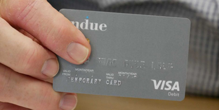 Under tThe cashless debit card program sees 80 per cent of an individual's welfare payments are quarantined on a card that cannot be used to buy alcohol or gambling products (ABC Wide Bay/Nicole Hegarty)