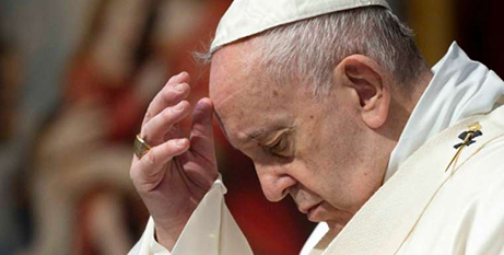 Pope Francis prays in St Peter's Basilica on Sunday (CNA/Vatican Media)